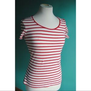 👩🎨 Red and White Stripe Tee